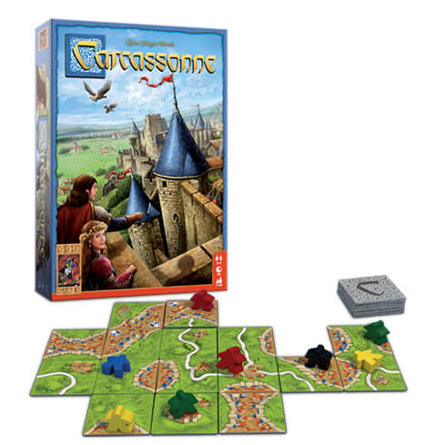 Carcassonne gaat nooit vervelen! Het spel, inclusief de vele uitbreidingen, zorgt voor een spel wat iedere keer dat je het speelt, totaal anders verloopt.